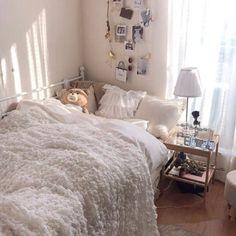 Room Design Bedroom, Small Room Bedroom, Bedroom Decor, Decor Room, Korean House, Minimalist Room, Pretty Room, Aesthetic Room Decor, Cozy Room