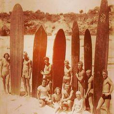 Oldschool surfing with longboards
