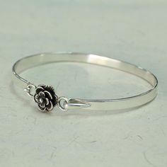 Novica Handcrafted Sterling 'Rose Beauty' Bracelet