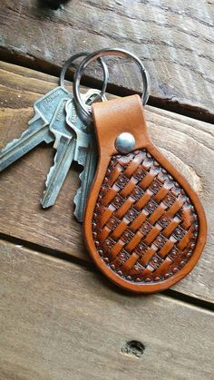 Check out this item in my Etsy shop https://www.etsy.com/listing/243299899/diamond-basket-weave-hand-tooled-leather