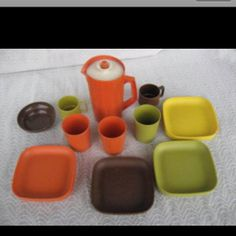 70's Toy Tupperware Miniature dishes...Oh the colors! We had this as I ONLY would drink out of the plastic tupperware cups... mom still has them!