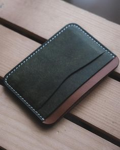 5 Pocket Card Holder - Handmade From Italian Leather - Minimalist Leather Wallet - Pueblo and Buttero Leather -Made in USA Best Leather Wallet, Minimalist Leather Wallet, Leather Wallet Pattern, Handmade Leather Wallet, Leather Gifts, Leather Bags, Leather Craft, Diy Leather Card Holder, Mens Card Holder