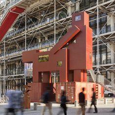 Atelier van Lieshout, Domestikator(2015), tentoongesteld in 2017 Centre Pompidou, Paris (FR) Bedoeld als katalysator voor het denken, omdat het de kwestie aanpakt van hoe mensen technologie gebruiken - met vindingrijkheid, creativiteit, verfijning en volharding - om de wereld te veranderen in een 'betere' plek, waarbij het vaak wordt gedomesticeerd. Centre Pompidou, Contemporary Artists, Multi Story Building, Technology, Atelier
