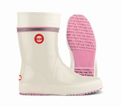 Nokian Gummistiefel Hai vanille pink Wellies Rain Boots, Ugg Boots, Summer Special, Hai, Hunter Boots, Rubber Rain Boots, Sunnies, Uggs, Pink