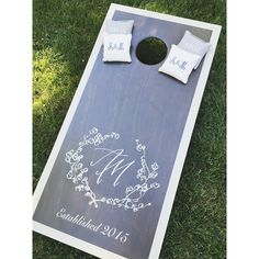 Brown Linen Design - wedding branding