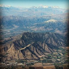 Do you know which #mountain chain is located only a few hours away from #Santiago? Clue: It runs along other #SouthAmerican countries too #TuesdayTrivia #ChileTravel #Mountains #SouthAmericaUnkown