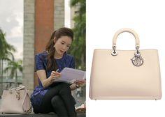 "Choi Ji-Woo 최지우 in ""Temptation"" Episode 2.  Dior Diorissimo Tote Bag #Kdrama #Temptation 유혹 #ChoiJiWoo"