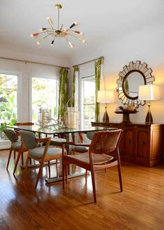mid century modern (fifties sixties, scandinavian, danish inspired) dining room