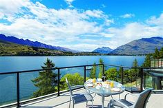 The Patio of Anantara Vacation Club at Oaks Shores in Queenstown, New Zealand Wonderful Places, Great Places, Beautiful Places, Vacation Club, Vacation Spots, Vacation Days, Lakeside Hotel, Queenstown New Zealand, Lake Wakatipu