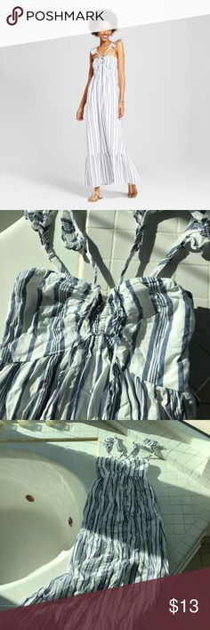 Maxi Dress Blue and white stripe maxi dress. Zipper located on side of dress. Excellent condition. Worn only once. Xhilaration Dresses Maxi