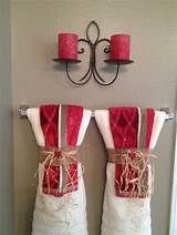 how to hang decorative towels - Yahoo Image Search Results Folding Bath Towels, Hanging Bath Towels, Hang Towels In Bathroom, Towel Storage, Towel Racks, Decorative Towels, Upstairs Bathrooms, Diy Wall Decor, Home Decor