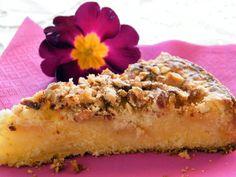 Torta di mele, mandorle con farina di riso. Ricetta semplice per un dolce delicato,adatto a grandi e piccini,ingolosito dalla granella di mandorle croccanti