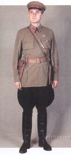 1940-1943 Soviet Red Army infantry officers summer field uniform.