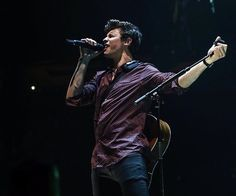 Shawn Mendes in Seattle!