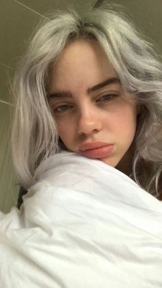 Billie eilish aesthetic wallpaper dark 65 ideas for 2019 Billie Eilish, Pretty People, Beautiful People, Beautiful Pictures, Videos Instagram, Wallpapers Android, Wallpaper Wallpapers, Screen Wallpaper, Beauty