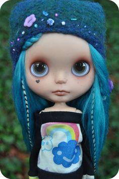 Wonderful blue custom!    by Lawdedas