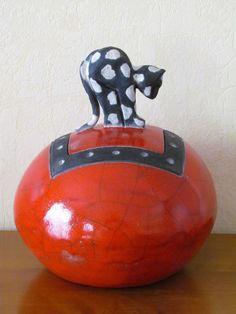 boite boule raku céramique artisanal fait mains grès Danièle Meyer                                                                                                                                                      Plus