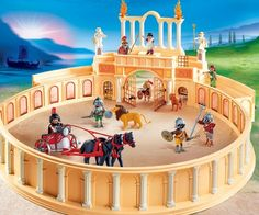 Playmobil - Anfiteatro Romano - Gladiator Arena. We have it and it's his favorite!