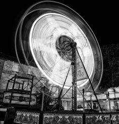 Long exposure image of a Ferris Wheel at the annual Woodstock funfair