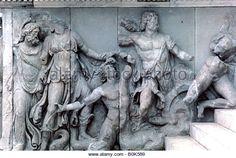 Resultado de imaxes para pergamus altar