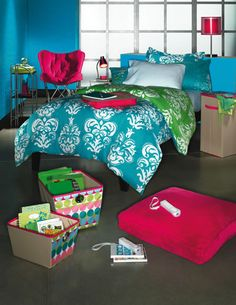 The Chic Bargainista®: Kohl's Dorm Room Decorations and Back to School Fashions