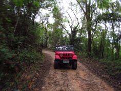 Os que querem adrenalina, podem fazer passeios de jeep pela região montanhosa ao redor #aguasdelindoia #finaldesemana #ferias #turismo #lazer