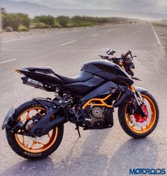Modified Bajaj Pulsar 200NS by Judho Pralistyo (4)