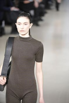 Jil Sander | Fall 2010 Ready-to-Wear Collection | Style.com