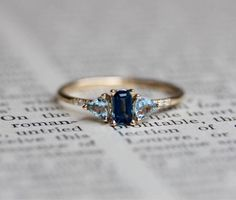 Check this pearl engagement ring set. This is a white gold ring set that will age magnificently and make your happily ever after all the more spectacular. Big Wedding Rings, Wedding Rings Vintage, Bridal Rings, Wedding Jewelry, Wedding Bands, Gold Diamond Wedding Band, Rose Gold Engagement Ring, Diamond Rings, Sapphire Rings