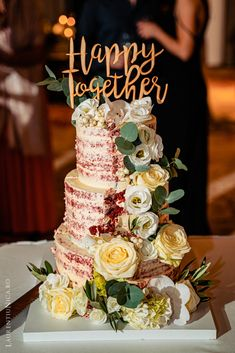 Selections of wedding cakes photos from my weddings. Wedding Decorations, Table Decorations, Romania, Weddingideas, Wedding Planner, Wedding Cakes, Wedding Inspiration, Wedding Photography, Sweets