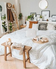 Home Decor Bedroom Home Interior Art.Home Decor Bedroom Home Interior Art Bohemian Bedroom Design, Bedroom Designs, Bedroom Decor Boho, Bedroom Inspo, Boho Room, Bedroom Inspiration, Bohemian Bedding, Style Inspiration, Boho Bedrooms Ideas