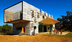 The Manifesto House in Chile by James & Mau and Infiniski - starting cantilevers board