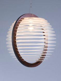 Ein großes Wohnzimmer Beleuchtung hängende Beleuchtung von iinsecto