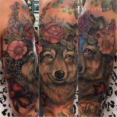 Wolf tattoo by @makkalarosetattoos at Flax Roots Tattoo in Hamilton New Zealand #makkalarosetattoos #makkalarose #flexrootstattoo #hamilton #newzealand #wolftattoo #wolf #flowertattoo #flowers #tattoo #tattoos #tattoosnob