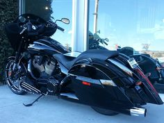BLack Victory Motorcycle.  Arlen Ness store. #ArlenNess #Victory motorcycles ♥
