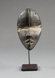 African Masks, African Art, Tragedy Mask, Art Premier, Masks Art, Assemblage Art, Ivoire, West Africa, Tribal Art