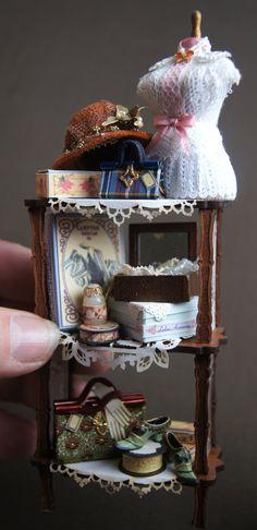 """Naphtaline"".Little shelf"