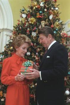 Ronald Reagan & Nancy Reagan in front of Christmas Tree