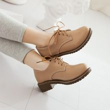 Mujer primavera y otoño solos zapatos planos femeninos de época de moda del cordón ocasional más tamaño de los zapatos de estilo británico(China (Mainland))