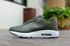 hot sale online 6a9f5 136aa Mens Womens Nike Air Max 1 Olive Green White Running Shoes Nike Air Max  White,