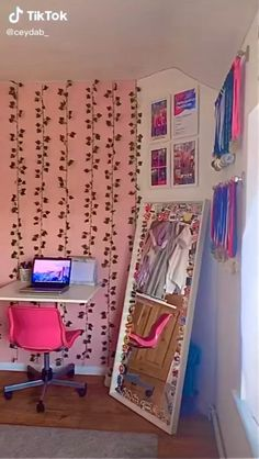 #roomideasbedroom #astheticfeed Indie Dorm Room, Indie Bedroom, Indie Room Decor, Cute Bedroom Decor, Room Design Bedroom, Aesthetic Room Decor, Room Ideas Bedroom, Girls Bedroom, Diy Room Decor Tumblr