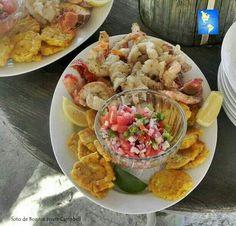 "Honduran seafood dish. Shrimp, plantain ""tostones"" and chimol. Yummm ^_^"