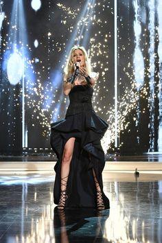 Photo gallery: Serbian representative Nevena Božović performing her entry 'Kruna' - Eurovision Song Contest Tel Aviv 2019 Junior Eurovision, Eurovision Songs, Serbian Language, Tel Aviv, Good Music, Cool Photos, Photo Galleries, Crushes, Stage