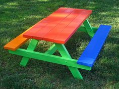 Awesome! Kids picnic bench!