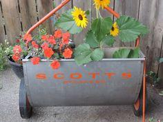 Garden Time #voguet by Karen Marlette on Etsy