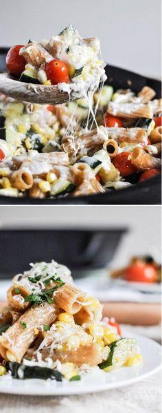 Garden Vegetable Pasta Skillet by @howsweeteats I howsweeteats.com