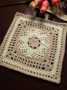 "Ravelry: DuckBill Dalliance 9"" Afghan Block by Margaret MacInnis"