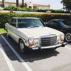 #mercedeslife #benzlife #benzfan #mercedesfan #mercedesclassic #mb #mbusa  #mbclassic #benzeurope #oldbenz #oldmercedes #mercedesworld #benzworld #vintagemercedes #vintagebenz #amg #amgperformance #streetphotography #soloparking #mbfanphoto #youngtimer #mercedes #carspotting #mbfriday #Mercedesbenz #classicmercedes