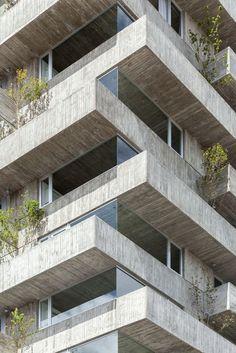 Rigid Concrete Condos : pueyrredon 1101