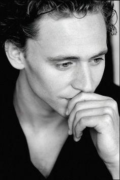 Tom Hiddleston. New obsession.